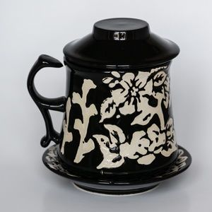 Set of tea - mug with plate, ceramic filter + lid